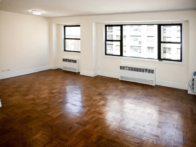 1 Bedroom, Upper East Side Rental in NYC for $3,300 - Photo 2