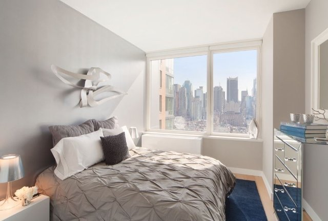 1 Bedroom, Hell's Kitchen Rental in NYC for $3,492 - Photo 1