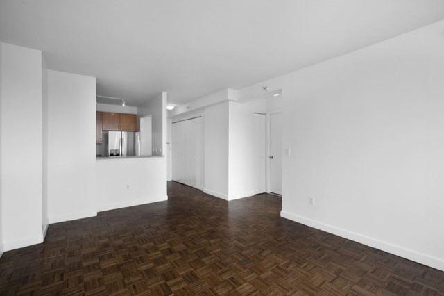 1 Bedroom, Hell's Kitchen Rental in NYC for $3,435 - Photo 2