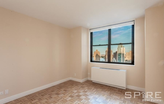 Studio, Yorkville Rental in NYC for $3,375 - Photo 2