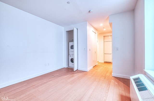 Studio, Financial District Rental in NYC for $3,662 - Photo 2