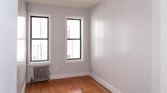3 Bedrooms, Ridgewood Rental in NYC for $2,499 - Photo 2