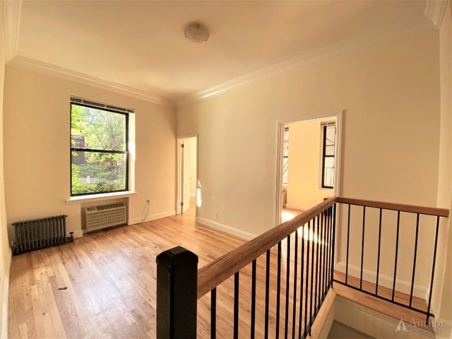 3 Bedrooms, Gramercy Park Rental in NYC for $5,975 - Photo 1