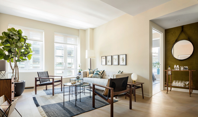 2 Bedrooms, Hudson Square Rental in NYC for $8,345 - Photo 1