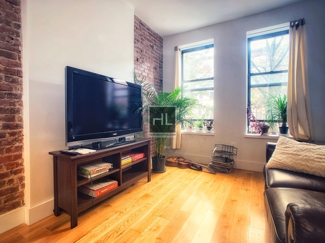 2 Bedrooms, Ridgewood Rental in NYC for $2,995 - Photo 2