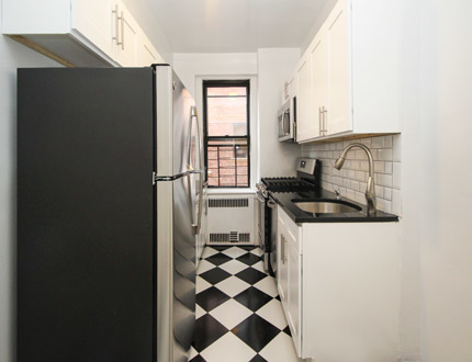 1 Bedroom, Sunnyside Rental in NYC for $2,399 - Photo 1
