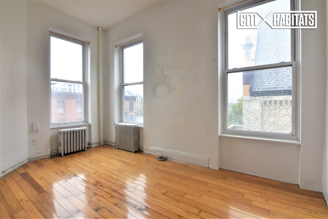 2 Bedrooms, Red Hook Rental in NYC for $2,175 - Photo 2