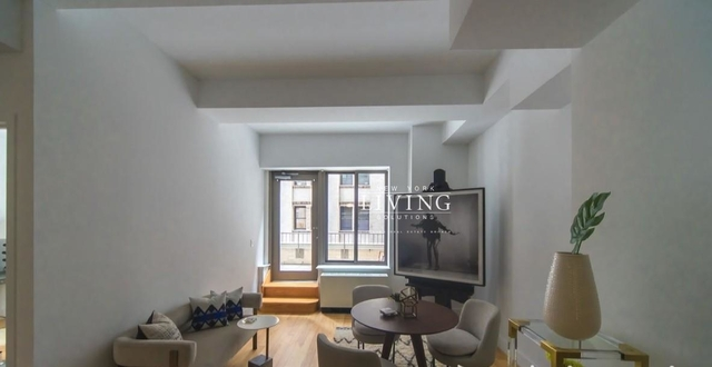 2 Bedrooms, Financial District Rental in NYC for $5,100 - Photo 2