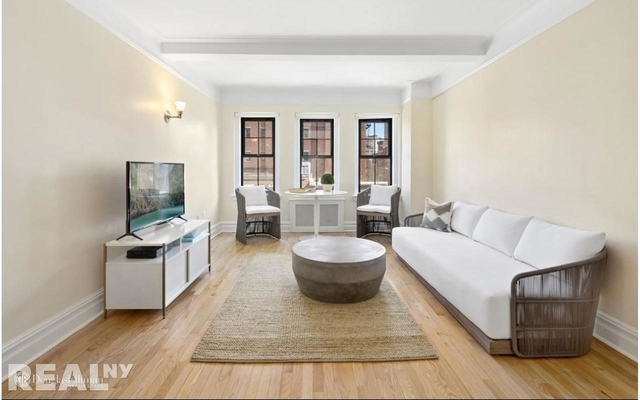 1 Bedroom, West Village Rental in NYC for $6,900 - Photo 1