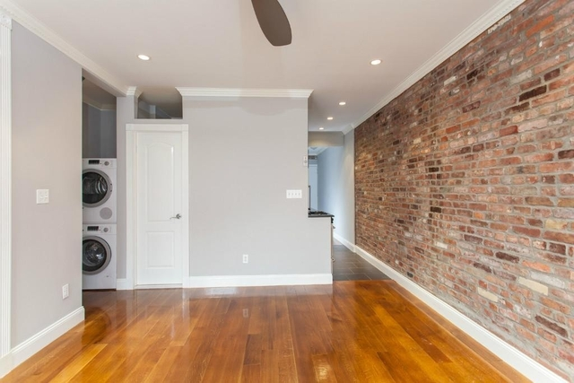 3 Bedrooms, Gramercy Park Rental in NYC for $5,600 - Photo 2