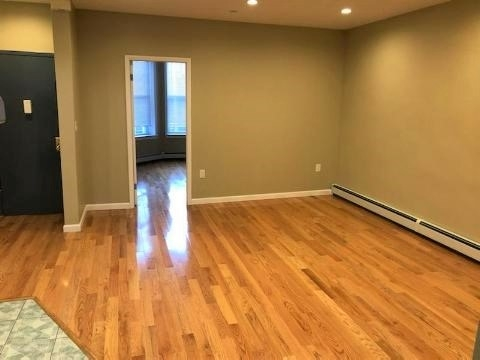 3 Bedrooms, Sunset Park Rental in NYC for $2,699 - Photo 1
