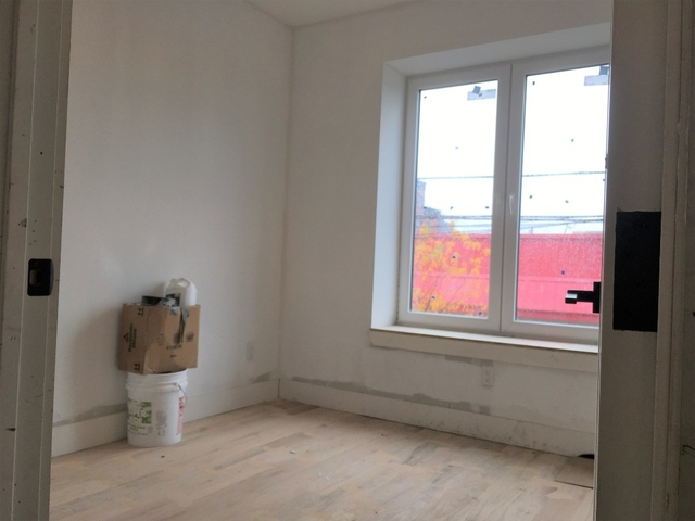 4 Bedrooms, Bushwick Rental in NYC for $4,299 - Photo 2