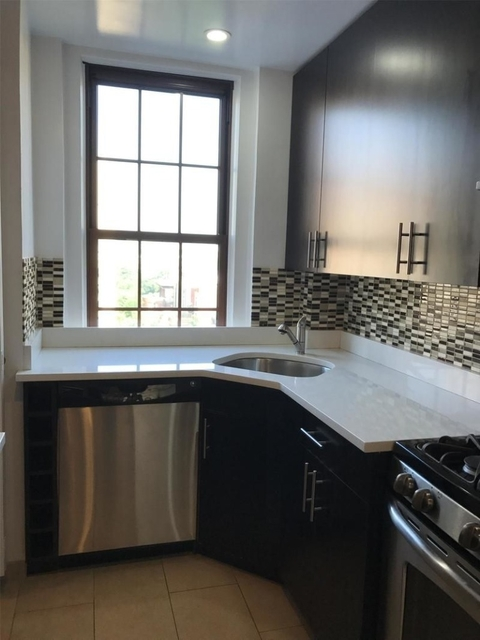 2 Bedrooms, Upper West Side Rental in NYC for $7,495 - Photo 1