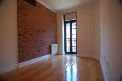 3 Bedrooms, Lower East Side Rental in NYC for $5,072 - Photo 2