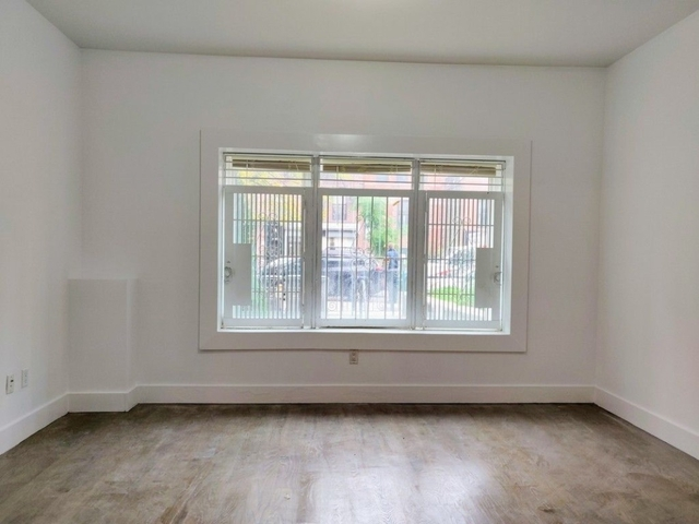 1 Bedroom, Crown Heights Rental in NYC for $2,390 - Photo 2