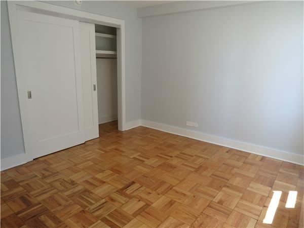 2 Bedrooms, Hell's Kitchen Rental in NYC for $4,853 - Photo 2