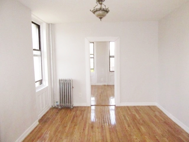 3 Bedrooms, Prospect Lefferts Gardens Rental in NYC for $2,400 - Photo 1