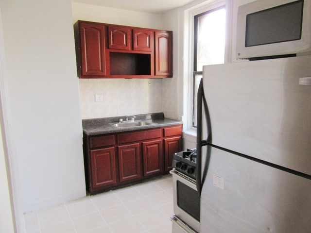3 Bedrooms, Prospect Lefferts Gardens Rental in NYC for $2,400 - Photo 2