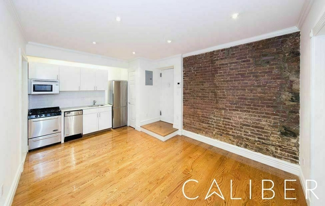 3 Bedrooms, West Village Rental in NYC for $5,500 - Photo 1