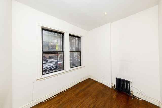 1 Bedroom, Yorkville Rental in NYC for $2,338 - Photo 2