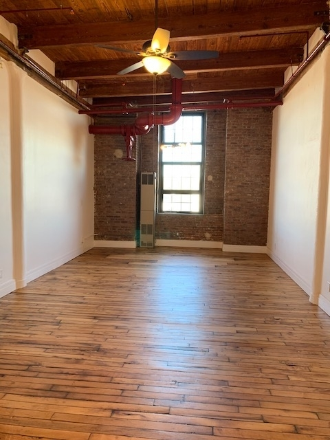 1 Bedroom, Bushwick Rental in NYC for $3,069 - Photo 1