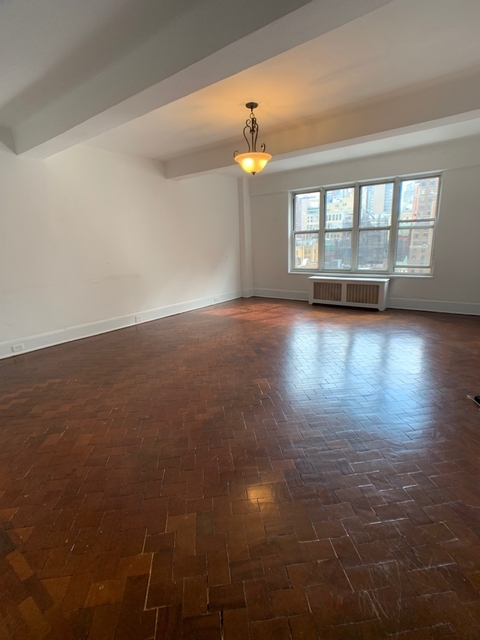 Studio, Upper West Side Rental in NYC for $3,175 - Photo 1