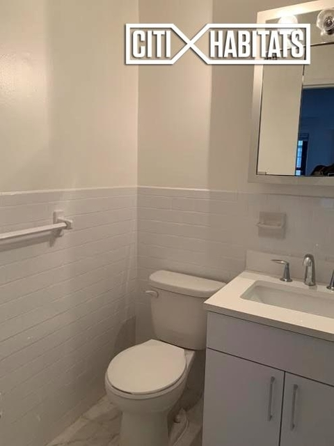 Studio, Yorkville Rental in NYC for $3,350 - Photo 2