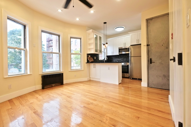 3 Bedrooms, Kensington Rental in NYC for $2,525 - Photo 1