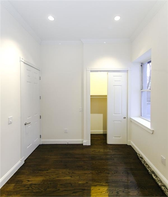 2 Bedrooms, Chelsea Rental in NYC for $4,416 - Photo 2