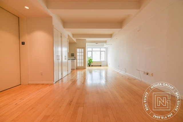 3 Bedrooms, Hell's Kitchen Rental in NYC for $6,090 - Photo 2