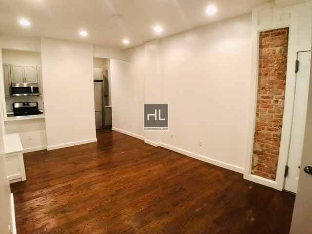 4 Bedrooms, Crown Heights Rental in NYC for $4,350 - Photo 2