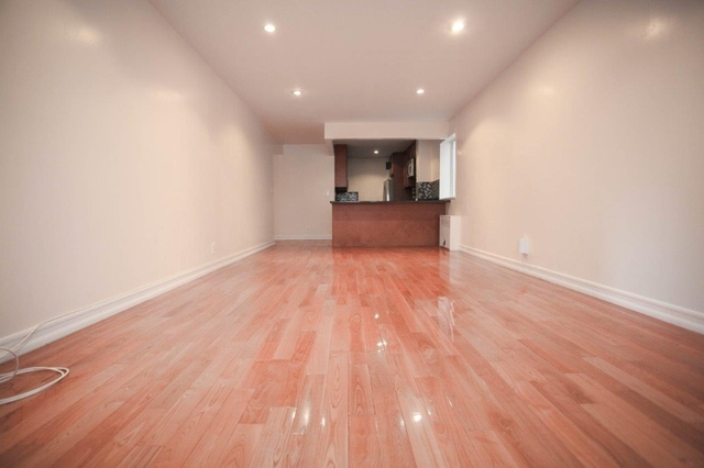 3 Bedrooms, Upper West Side Rental in NYC for $5,362 - Photo 2