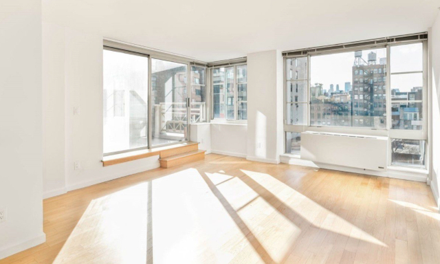 3 Bedrooms, Chelsea Rental in NYC for $5,595 - Photo 1