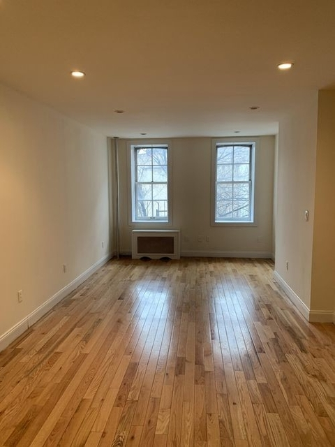 Studio, West Village Rental in NYC for $2,375 - Photo 2