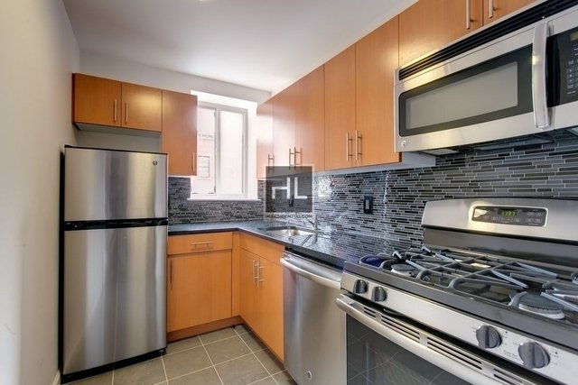 2 Bedrooms, Alphabet City Rental in NYC for $4,900 - Photo 1