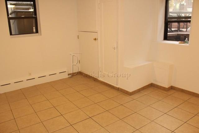 1 Bedroom, Ditmars Rental in NYC for $1,750 - Photo 2