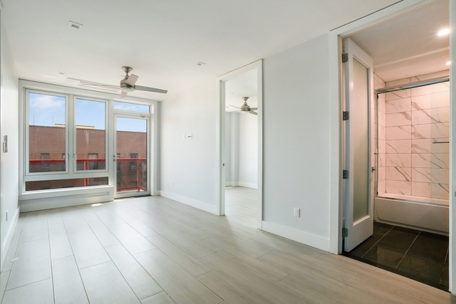 2 Bedrooms, City Line Rental in NYC for $2,200 - Photo 1