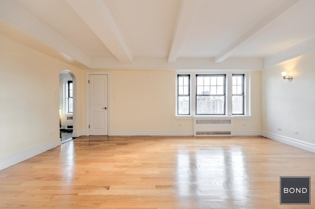 1 Bedroom, West Village Rental in NYC for $6,695 - Photo 2