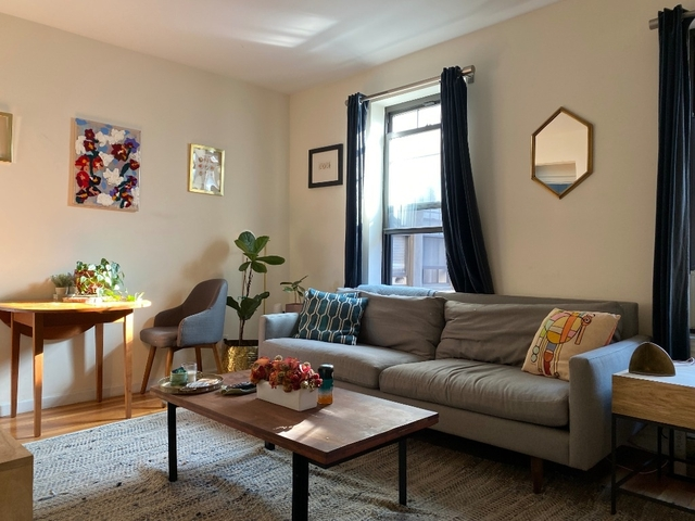 2 Bedrooms, Chelsea Rental in NYC for $4,395 - Photo 2