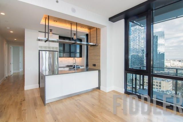 2 Bedrooms, Long Island City Rental in NYC for $4,575 - Photo 2