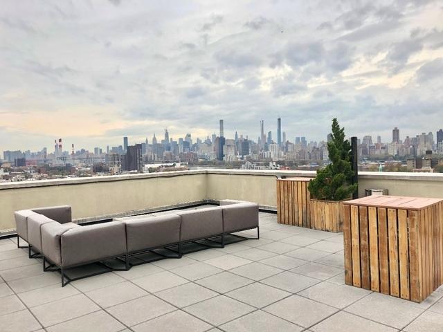 1 Bedroom, Astoria Rental in NYC for $3,350 - Photo 1