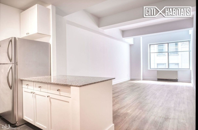 Studio, Financial District Rental in NYC for $2,818 - Photo 1