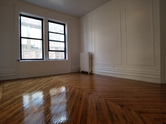 2 Bedrooms, Washington Heights Rental in NYC for $2,300 - Photo 1