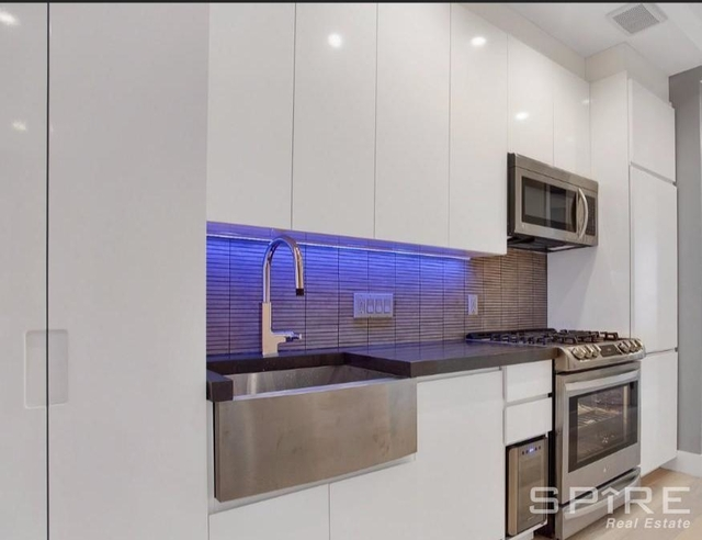 2 Bedrooms, Lower East Side Rental in NYC for $4,215 - Photo 1