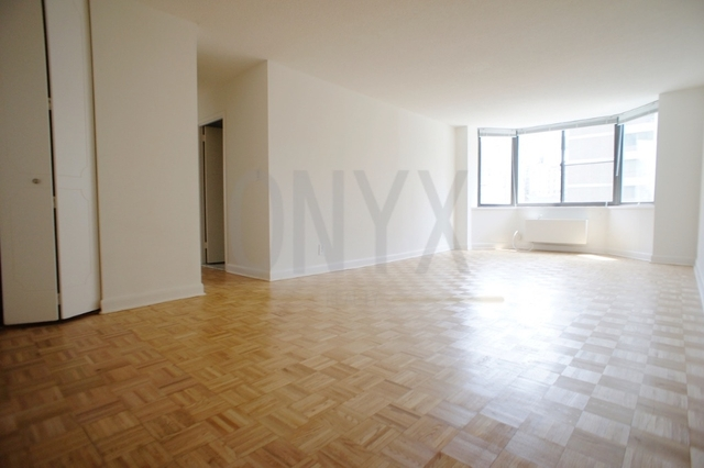 2 Bedrooms, Upper West Side Rental in NYC for $5,170 - Photo 1
