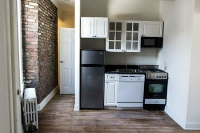 1 Bedroom, East Village Rental in NYC for $2,695 - Photo 2