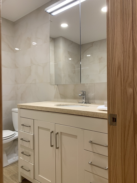3 Bedrooms, Middle Village Rental in NYC for $2,300 - Photo 2