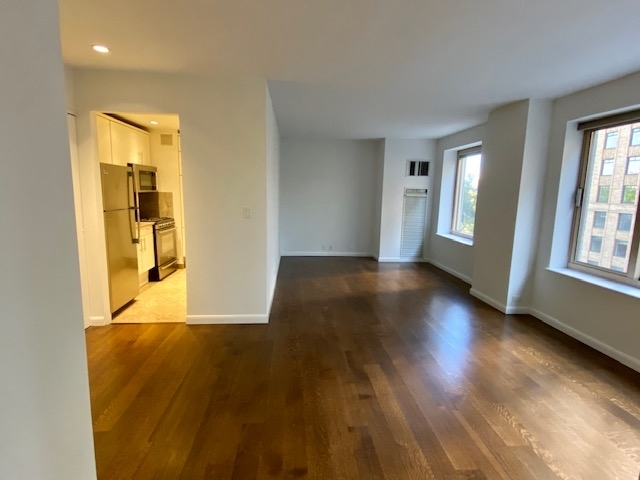 1 Bedroom, Theater District Rental in NYC for $4,475 - Photo 1