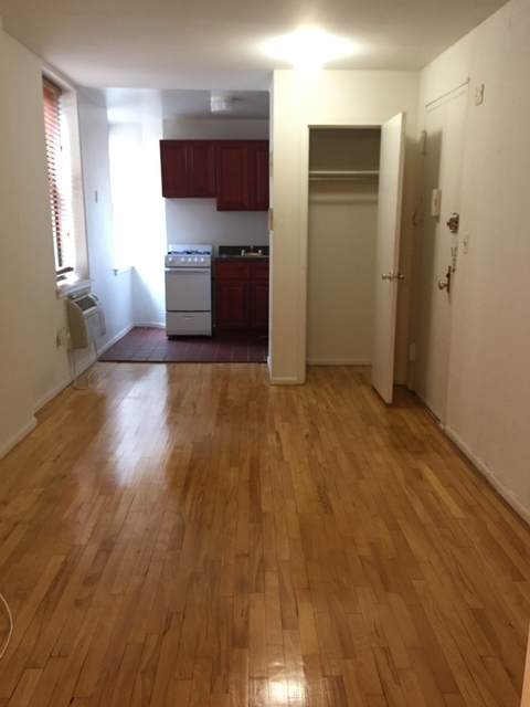 Studio, Yorkville Rental in NYC for $1,600 - Photo 2