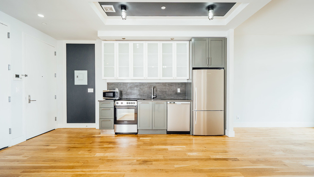 2 Bedrooms, Bedford-Stuyvesant Rental in NYC for $3,099 - Photo 2